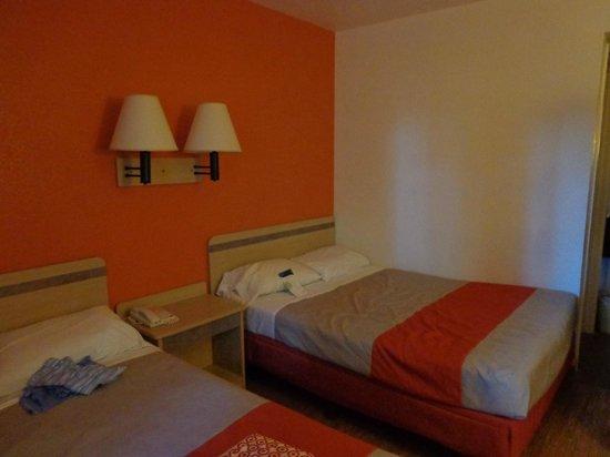 Motel 6 Flagstaff West-Woodland Village: Zimmer