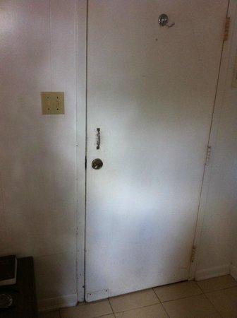 Empress Hotel: no door knobs just a padlock