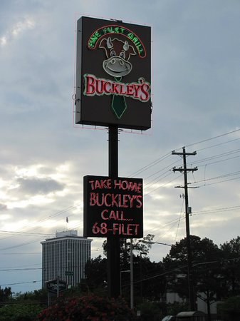 Buckley's Restaurant East: signage from the street