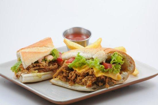 La Cacerola: Sandwich de Cerdo