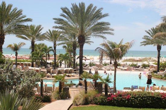 Sandpearl Resort: View of the beach