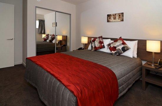 Lincoln Motel: Bedroom
