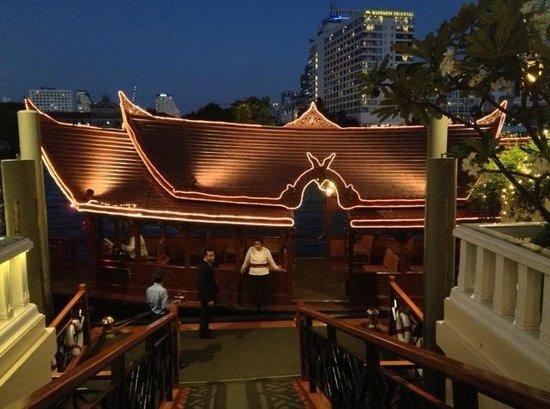 Mandarin Oriental, Bangkok: Boat to Oriental Spa and Sala Rim Nam