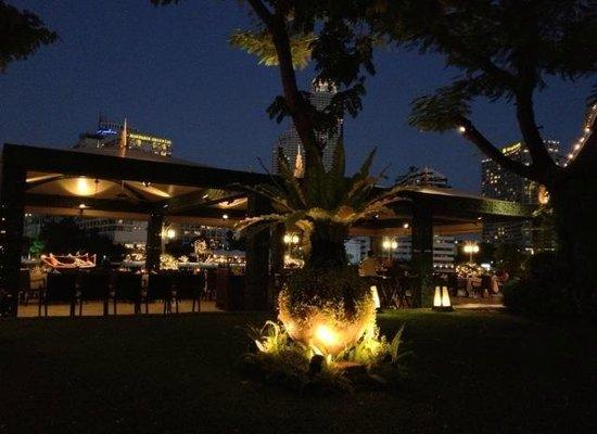 Mandarin Oriental, Bangkok: Sala Rim Nam terrace