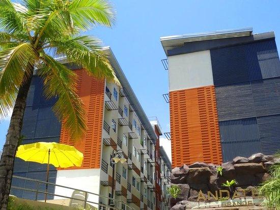 Andatel Grande Patong Phuket Hotel: Hotel view