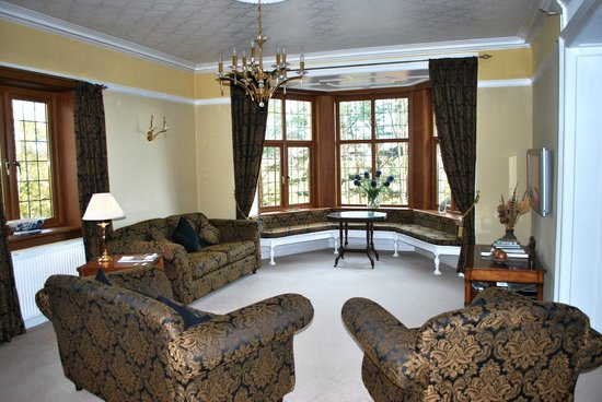 Ard-na-Coille Guest House: The lounge for guests.