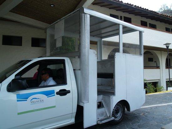 Villas Sol Hotel & Beach Resort: Shutte service