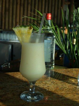 Villas Sol Hotel & Beach Resort: Pretty drinks