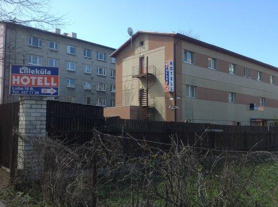 Lillekula Hotel: здание гостиницы: вид с улицы