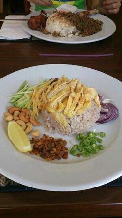 Thai Aroy Dee : loving this yummy foods