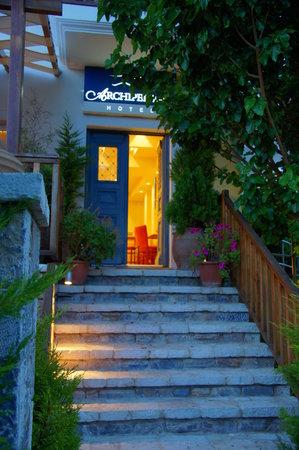 Archipelagos Hotel: Hotel Entrance