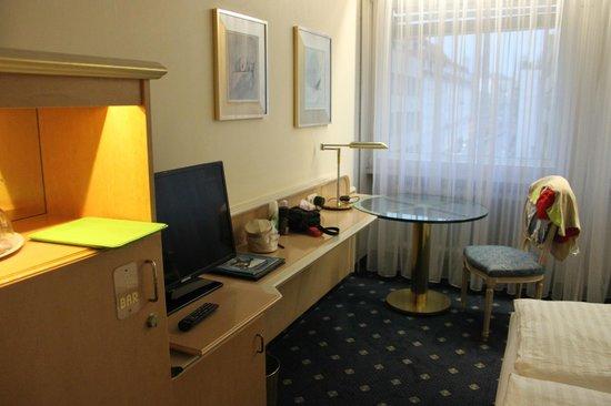 Ambiente Hotel: our room @ hotel Ambiente