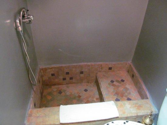 Riad Amiris: l'etonnante douche