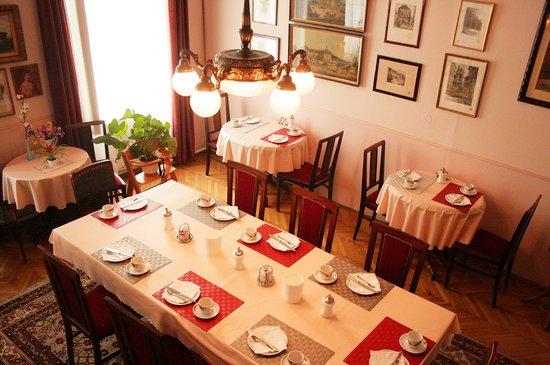 Hotel Pension Bosch: Frühstücksraum