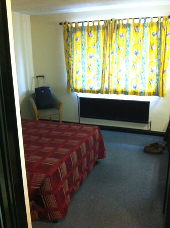 Amblehurst Hotel: Room