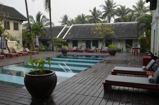 Villa Maly: Pool deck looking towards our room