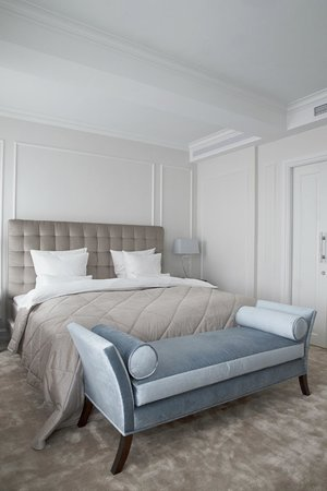 Hotel D'Angleterre: Deluxe guestroom