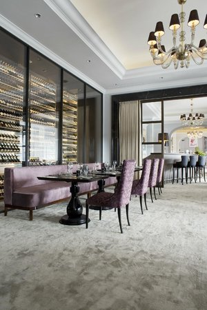 Hotel D'Angleterre: Wine bar