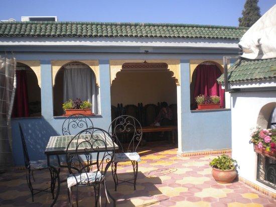 Riad Mahjouba : salotto/terrazza