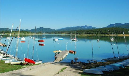 Le Moulinet: Le Lac de Montbel à 2 minutes du Moulinet