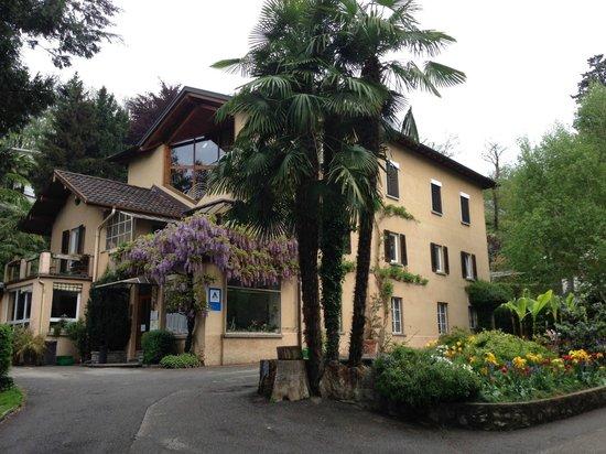Youth Hostel Lugano Savosa: Haupthaus