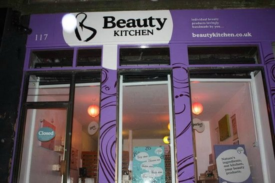 ‪Beauty Kitchen‬