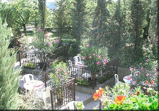 Hotel Pension Helios: Terrasse