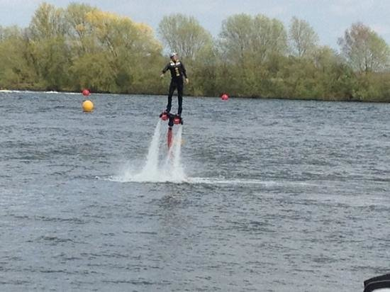 Tattershall Lakes Country Park: great water sports