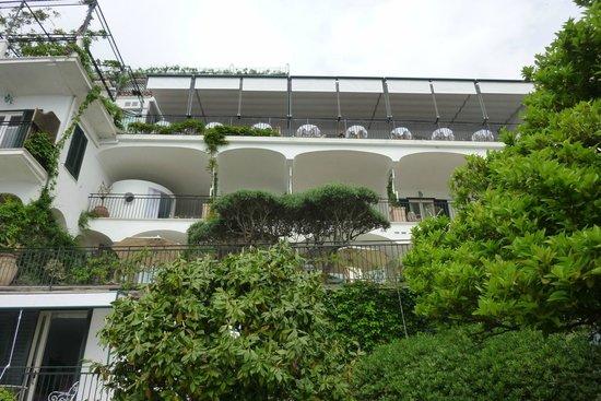Santa Caterina Hotel: Chambres avec vue sur mer situées sous le restaurant