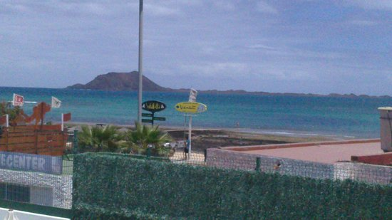 Erika Apartments: Looking out at Lobos Island from room