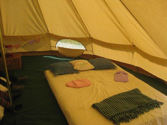 Old Bidlake Farm: Inside the tent