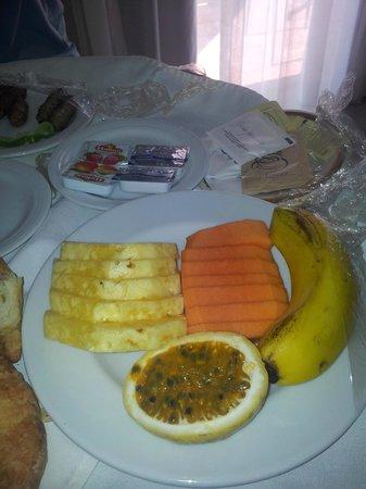 Dreams La Romana Resort & Spa: room service breakfast