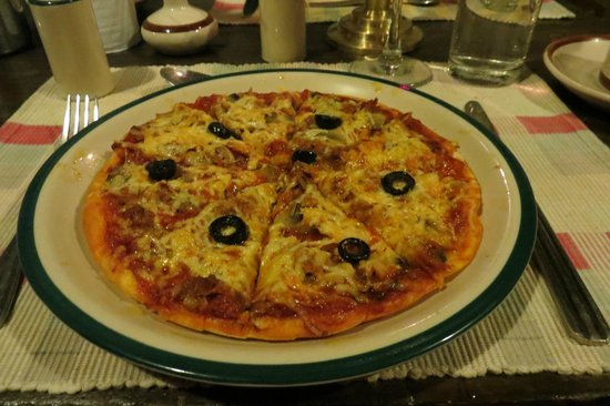 Yeti Mountain Home Kongde: A pizza at 4250m - and boy was it good!