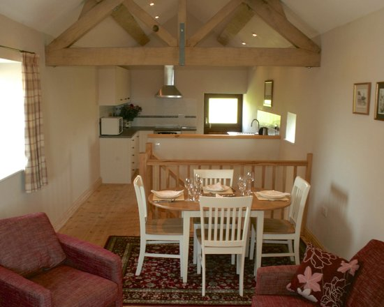 Peak District Holiday Cottage: The Byre Living Areas