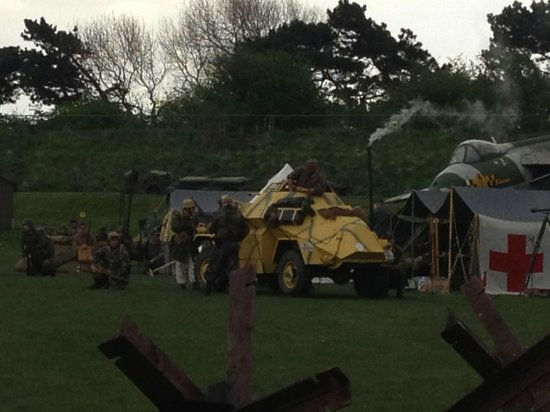 Fort Paull: Bright yellow toy tank