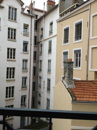 BEST WESTERN Hotel du Pont Wilson: Vue de la fenêtre