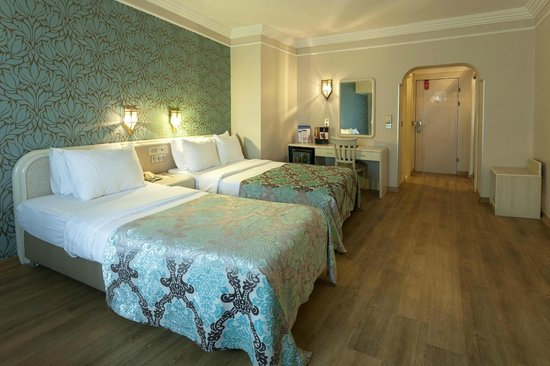 Grand Anka Hotel: French + Single Bedding Room
