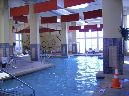 Indoor pool picture of bluegreen club 36 las vegas tripadvisor for Indoor swimming pools in las vegas