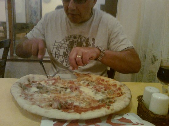 pizzeria trattoria all'anfora : Not for the faint-hearted!!