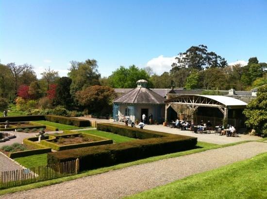 Killruddery House & Gardens: Kilruddery Cafe and the formal garden.