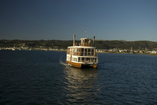 Knysna Paddle Cruiser Day Cruises