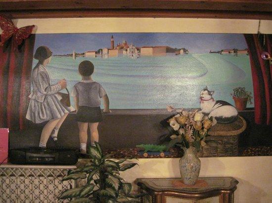 Hotel Bernardi Semenzato: Lovely mural in reception