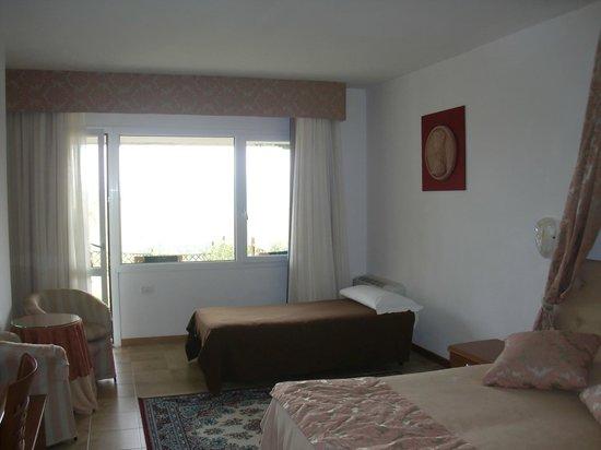 Relax Hotel Aquaviva: camera - 3à letto aggiunto