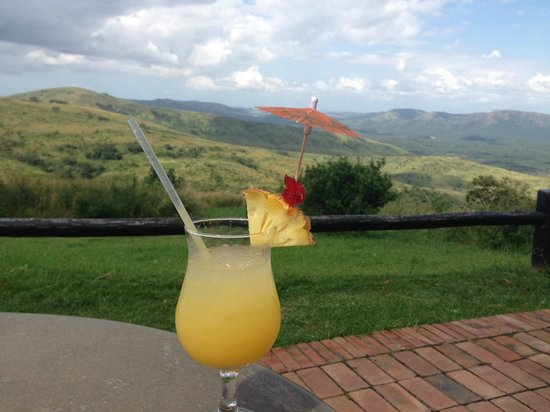 Hilltop Camp: Cocktail at Hilltop