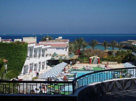 Sand Beach Hotel : Sand Beach