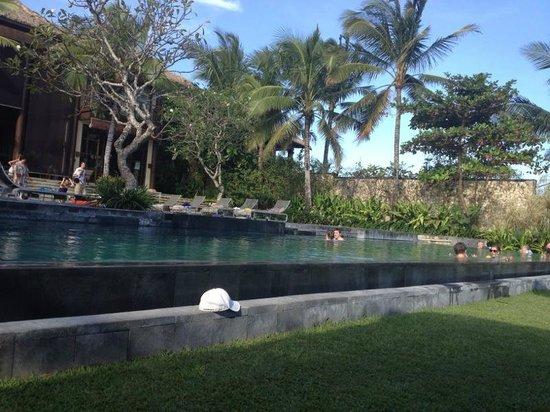 Pantai Lima Villas : Pool