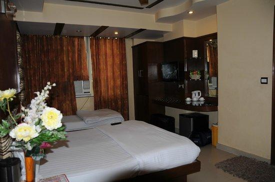 Hotel Shiv Dev International: Номер