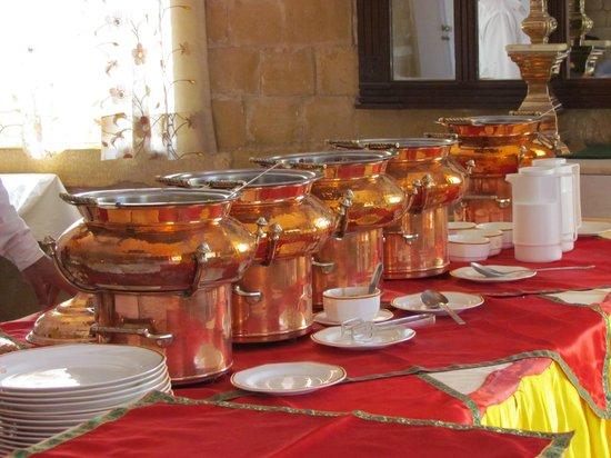 Himmatgarh Palace : Sumptous buffet spread