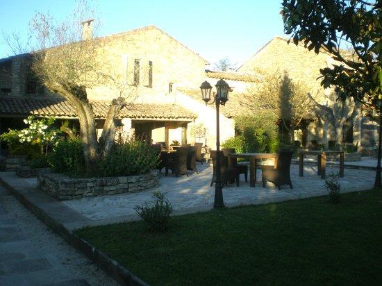 Hostellerie le Roy Soleil : Restaurant Terrasse