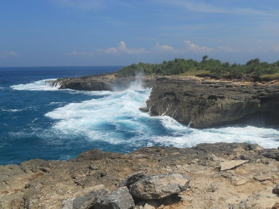 Nusa Lembongan, Indonesia: strenght of the ocean